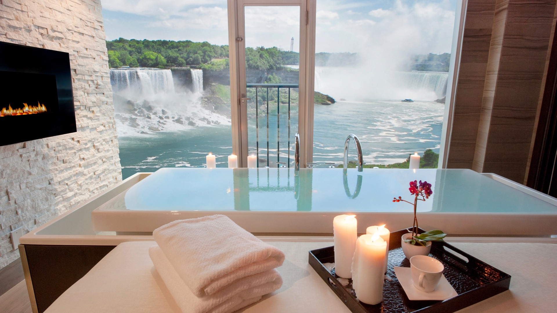 Hotels With Jacuzzi In Room Niagara Falls Ontario